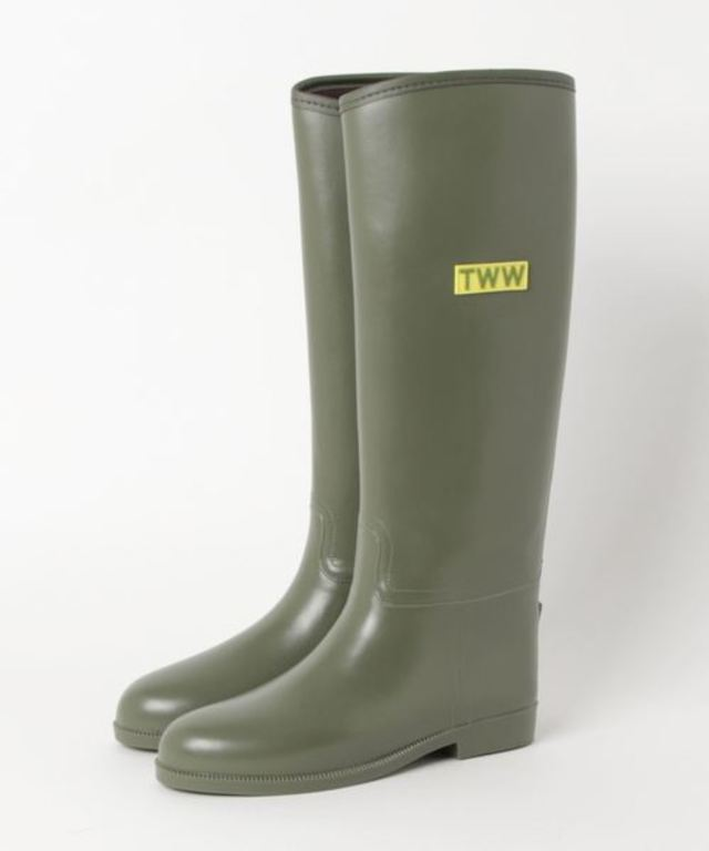 LONG RAINBOOTS