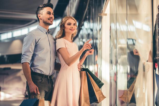 4cb01481b856e 一緒に買い物をしてコーディネートしてあげたり、服をプレゼントすれば、彼の服装の好みやセンスが変わるかもしれないですよね。